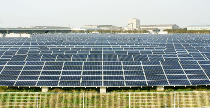土地付き太陽光発電はいま、最も注目されている投資対象の一つです。